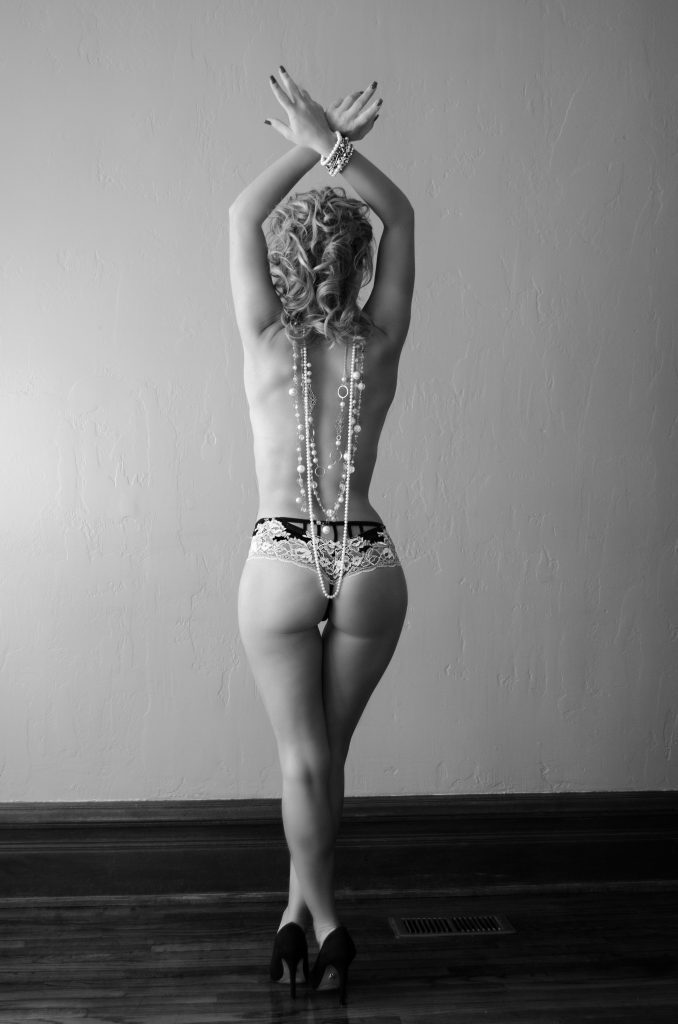 Girl wearing pearls Boudoir Photography
